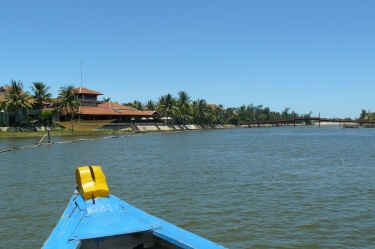hoian_boot_beach15